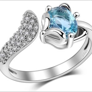 Jewelry - 925 Sterling Silver Ring.